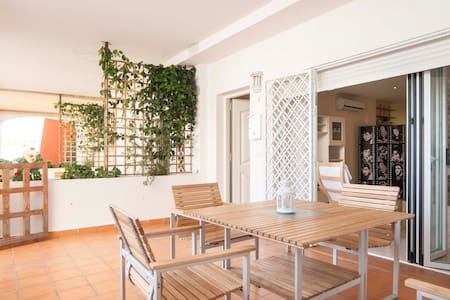 Lovely loft in front of the beach - Benalmádena