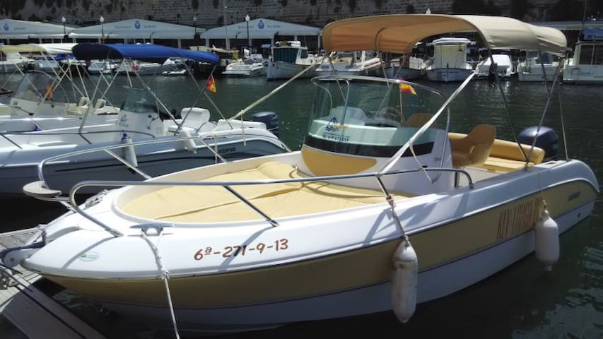 Rent a boat Mandalina, Šibenik - Šibenik - Barca