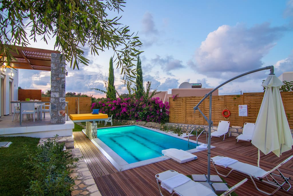 Full privacy and fully equipped outdoor areas!