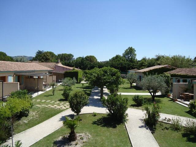 Charming Lodge - Terrace - 40m² - Saint-Rémy-de-Provence - Cabaña