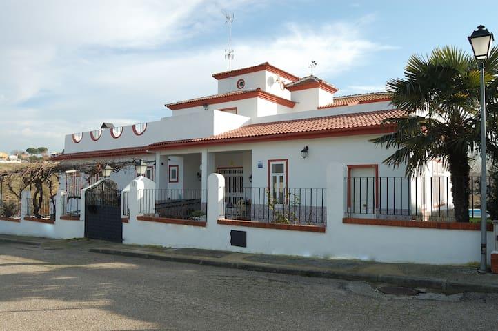 Casa Rural Jardin del Arroyo
