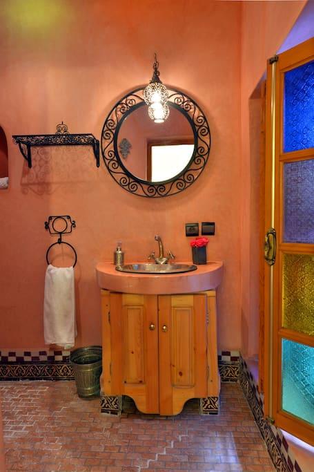 Salle de bain de la chambre Tizsi