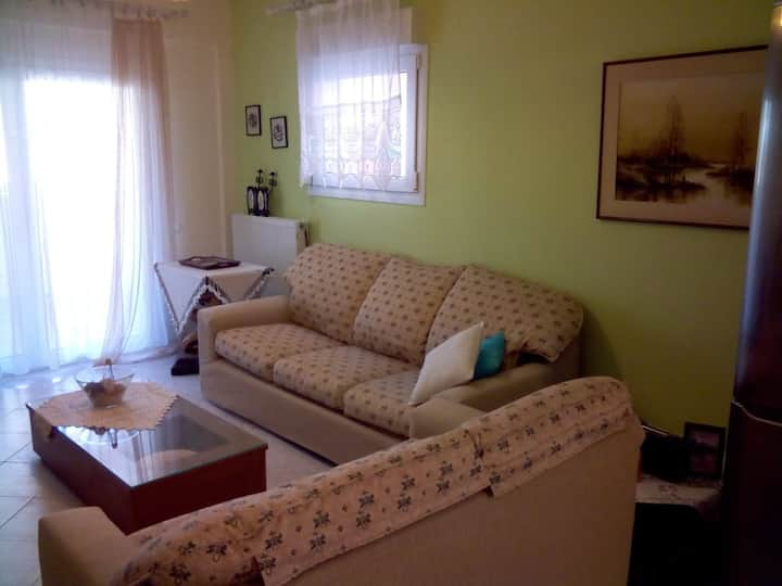 Small apartment, ideal for holiday!