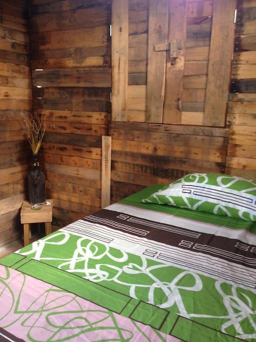 Back-a-Yard Bedroom (no.1)
