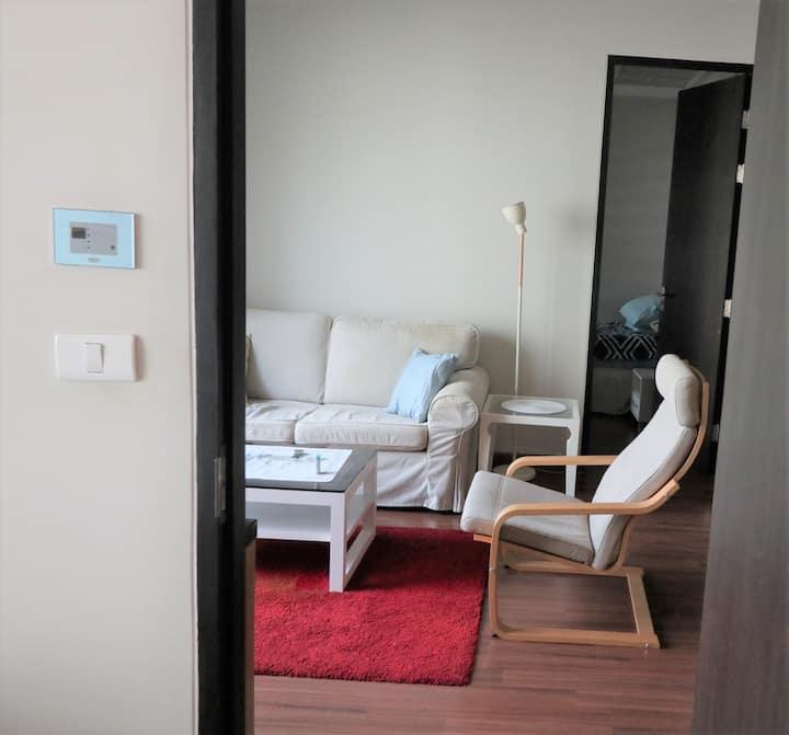 78 sqm 2 bedrooms chidlom area