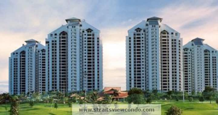 Attractive Condo with Spacious Whole Unit and Pool