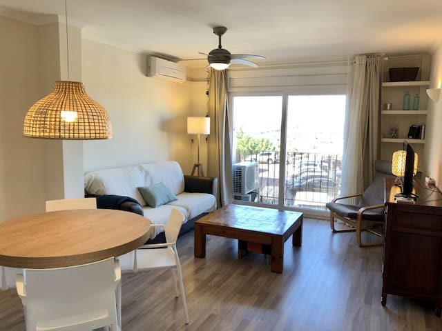 SUNNY APARTMENT IN VILLAGE CENTRE WITH VIEWS AND POOL