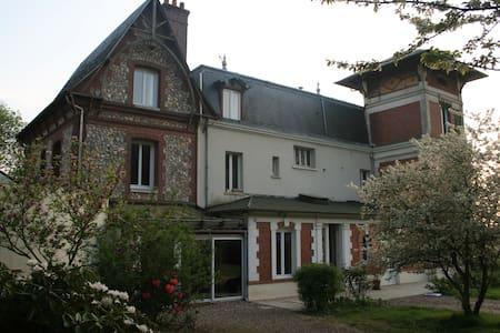 Chambre dans charmante maison logement complet - Seine-Maritime