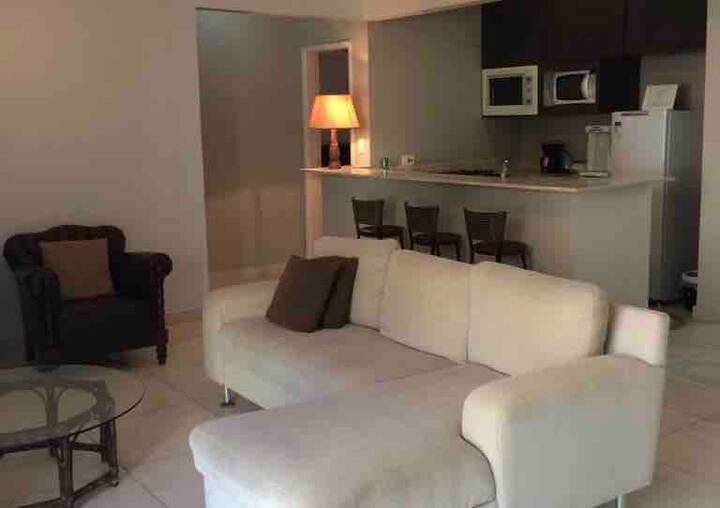 Apartamento Guaruja na rua do Casa Grande Hotel