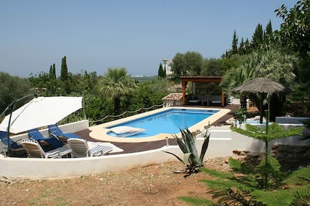Apartment in a villa with big pool - Pego