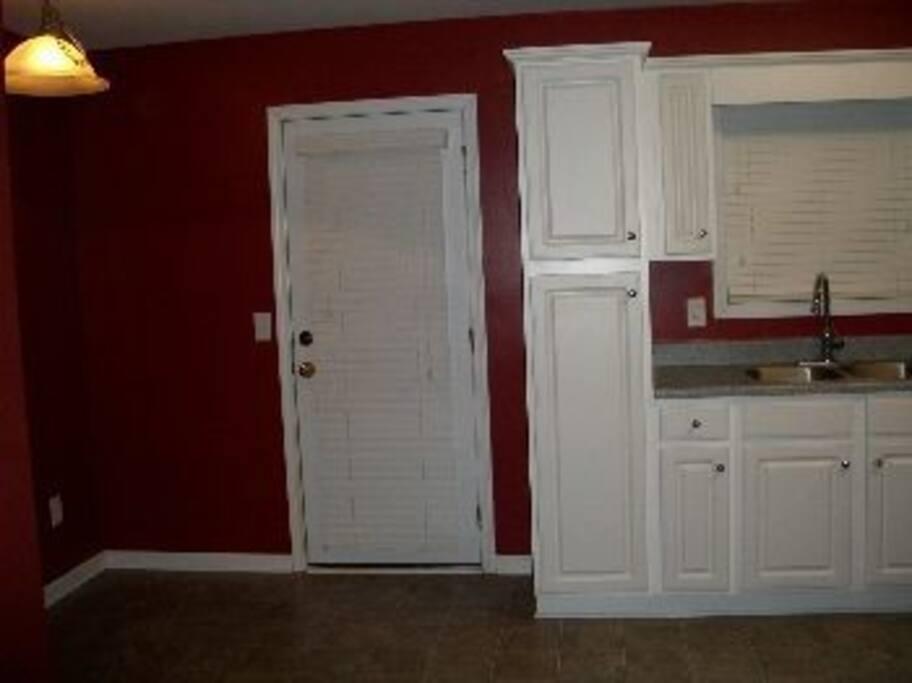 backdoor/kitchen