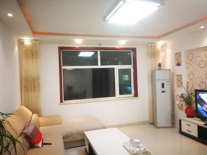 湖景火车站阳光地暖2厅2室1卫