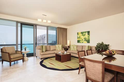 Luxury 2 Bedroom Serviced Apartment Sea View / JBR