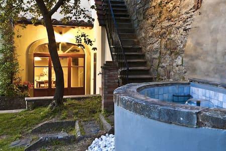 Il Melograno - House independent - Castiglion Fiorentino