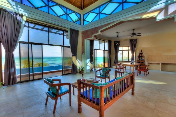 Visit Zanzibar and have a wonderfully stay at the Moja Tuu Garden Deluxe Room