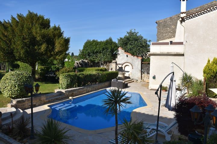 Le Gite Romain - studio 25m² avec piscine & jardin