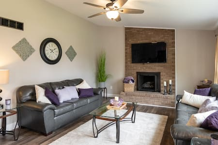 Open Concept Centrally Located in Metro Detroit