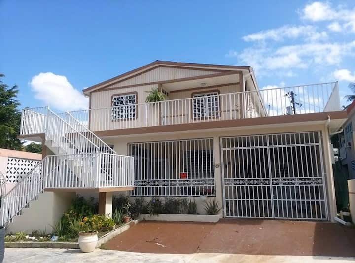 Puertorican style full home 2399400985
