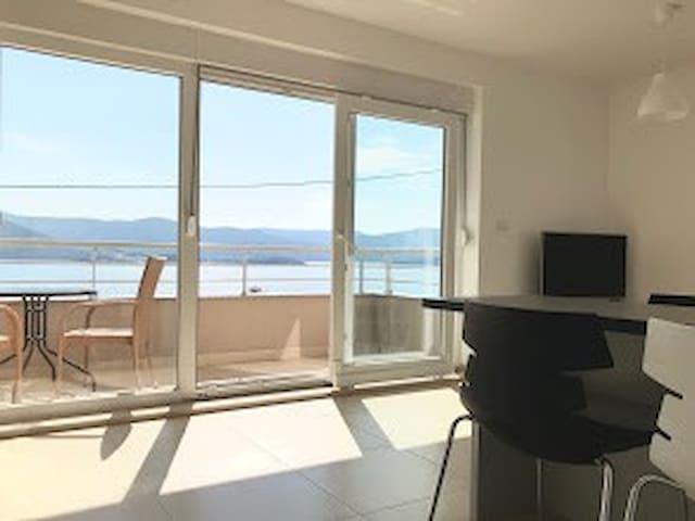 Adriatica Apartments1 Komarna