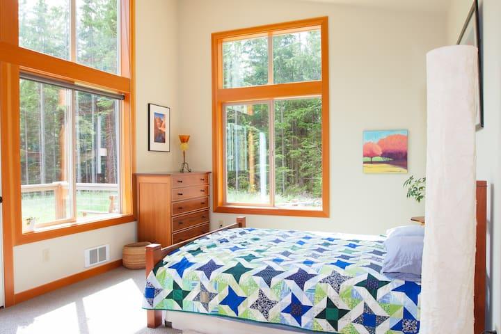 Langley Luxury Retreat on 2.5 acres - Langley - House