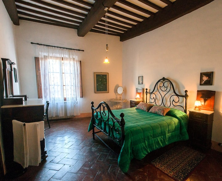 Private triple room San Gimignano  WiFi +View   3