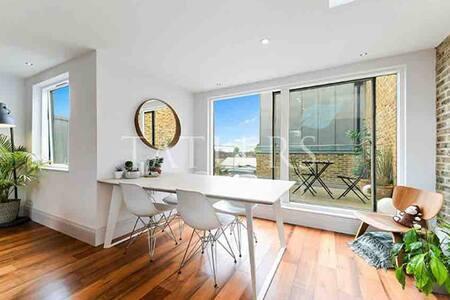 Room in Unique Penthouse Apartment