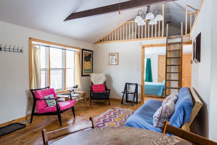 Sweet Farm Stay - Earlton - Appartement
