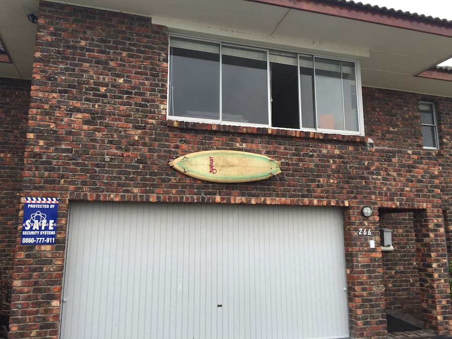 Its the house with the surfboard!  Easy to spot.