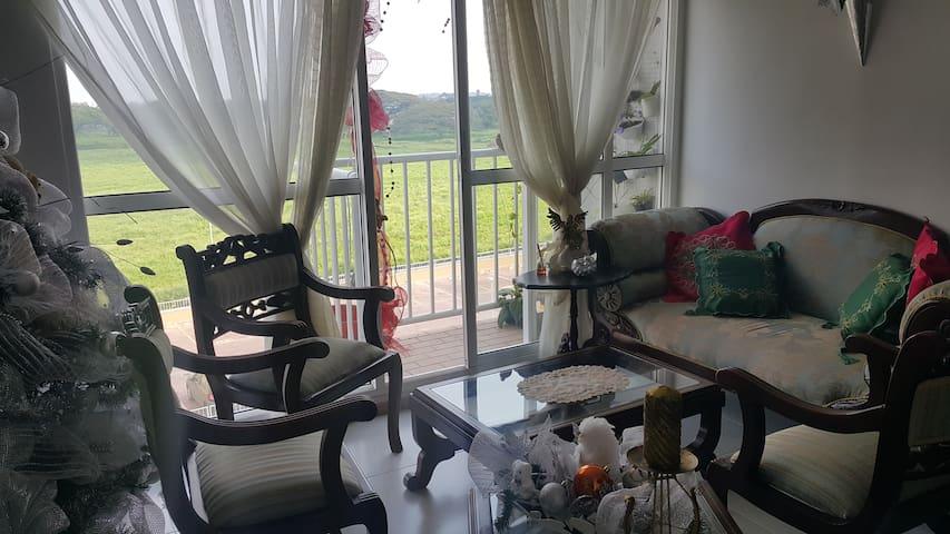 Espectacular habitación / Nice room in Palmira - Palmira - Bed & Breakfast