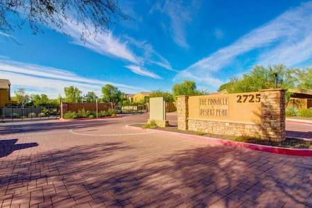 2 BD Condo Near TPC and Super Bowl - Phoenix
