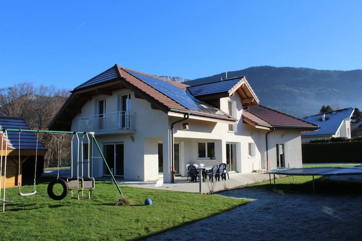 VILLA  CAMPAGNE  A COTE d'ANNECY - Nâves-Parmelan - Villa