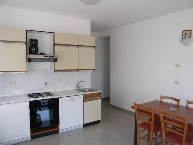 Nice Lovran apartment for 5pax - MEDVEJA 4