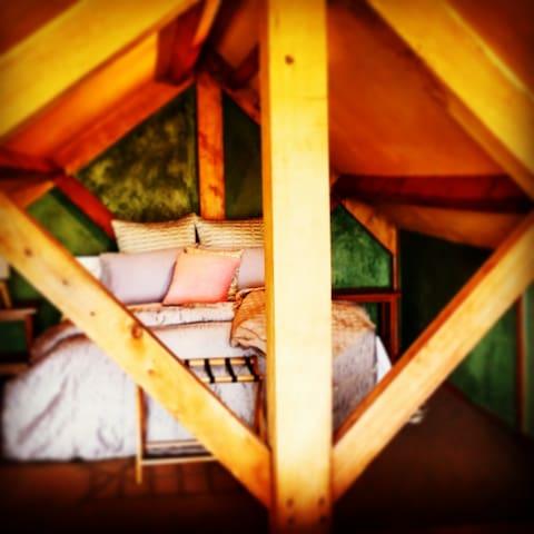 housewithnonails-loft