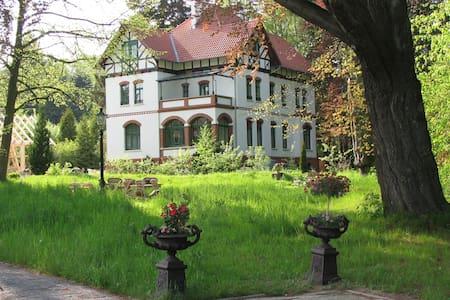 Leben um 1900 in historischer Villa - Wernigerode