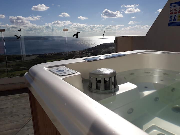 Angels' place ARIA lux app. with  view+jacuzzi