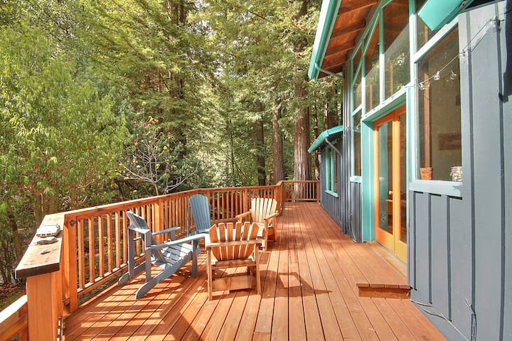 Creekside ~ most relaxing cabin ever! - Monte Rio - Huis