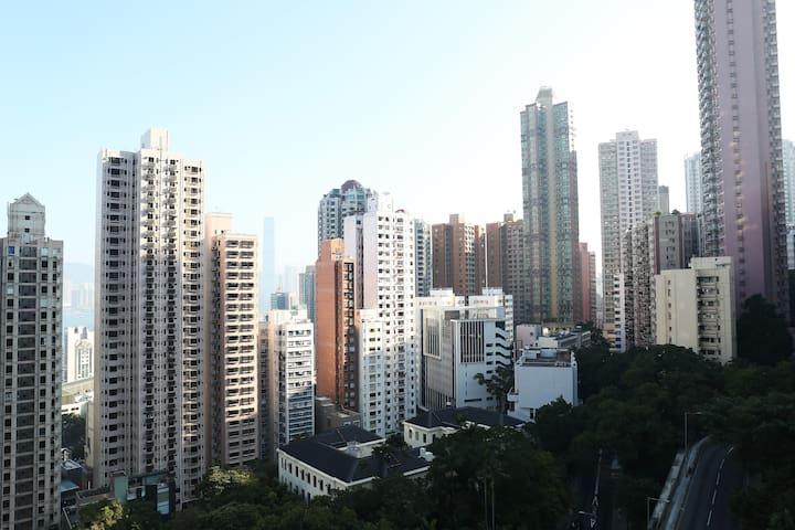 Central, quiet flat w/ roof terrace - Hong Kong - Lägenhet