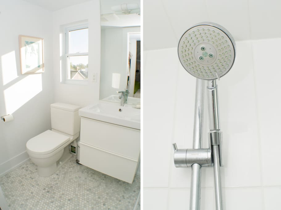 En suite features heated mosaic tile floor and excellent water pressure