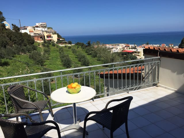 Cozy Sea View Apartment Platanias - Chania - Apartment