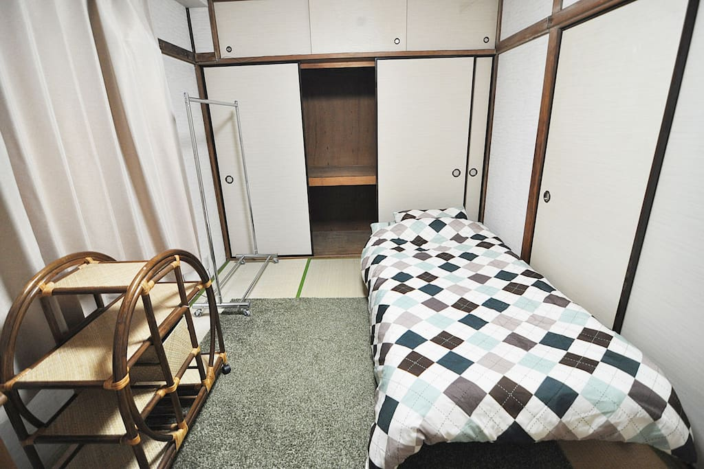 5min gokokuji station female only room 3 bed and for Tokyo bed and breakfast