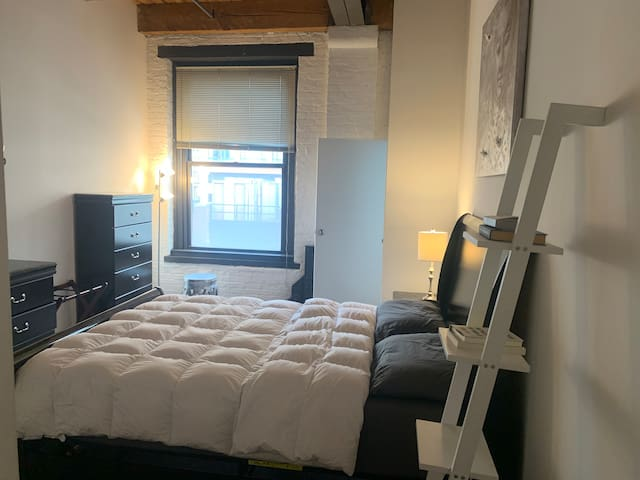Spacious 1 bedroom loft at Downtown, Chicago