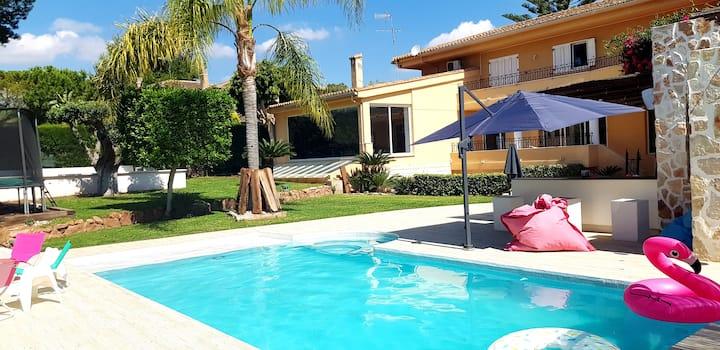 Superbe Villa  idéale pour les familles !