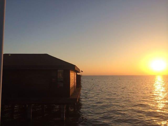 淀山湖梦莱茵帆船游艇俱乐部-1号水上木屋 Rhine Dream - 苏州 - Kulübe