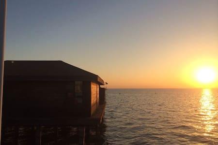 淀山湖梦莱茵帆船游艇俱乐部-1号水上木屋 Rhine Dream - 苏州