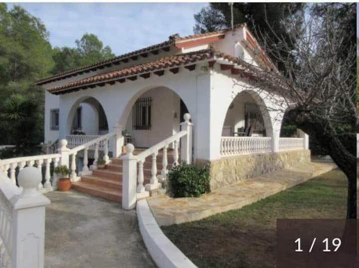 Villa Susan con piscina y jacuzi privada en Gandia