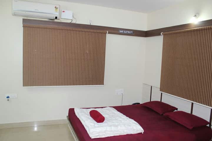 Executive AC Room in New BEL Road