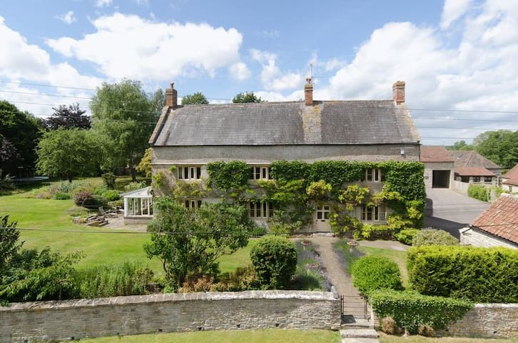 Bridge Farm - Beautiful 1637 country house 5BD