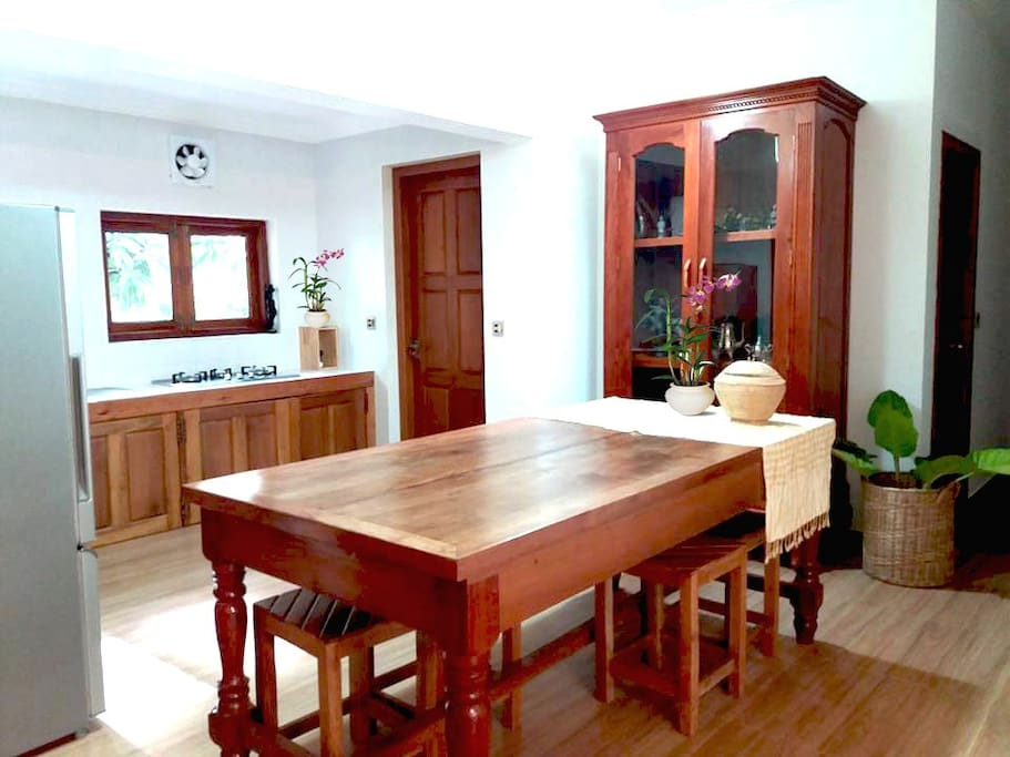 Private dinning room and kitchen