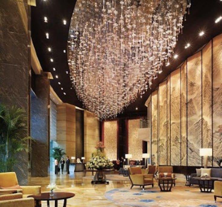 酒店的大厅