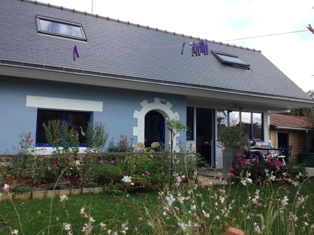 10min walk to the beach, 5-6 guests - Étables-sur-Mer - House